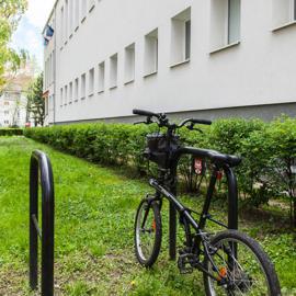 Stojan na bicykle a kolobežky, z projektu MČ Ružinov